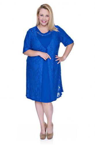Kobaltowa sukienka z koronkową narzutką zapinaną na guzik