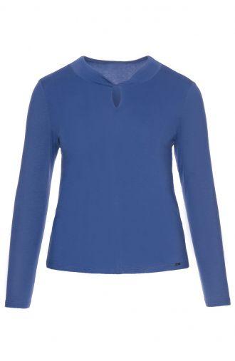 Gładka niebieska bluzka z wycięciem
