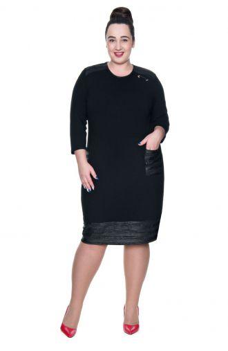 Czarna sukienka ze srebrnymi wstawkami
