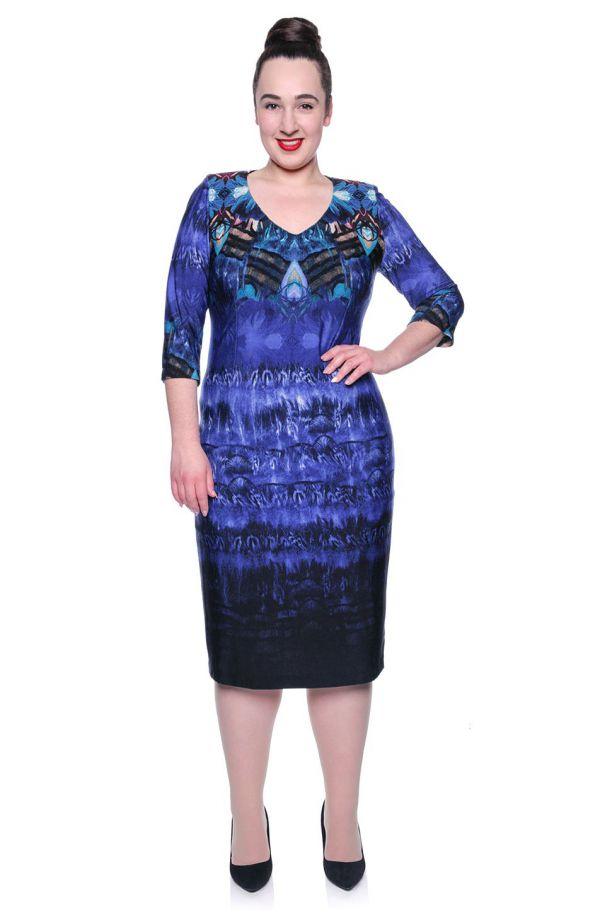 Niebieska cieniowana sukienka z dzianiny