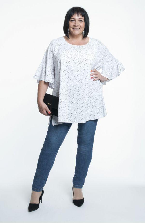 Biała bluzka w serduszka rozszerzany rękaw