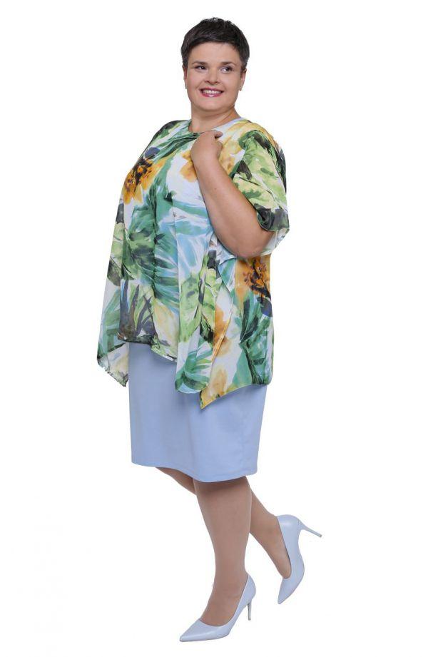 Błękitna sukienka z tropikalną narzutką
