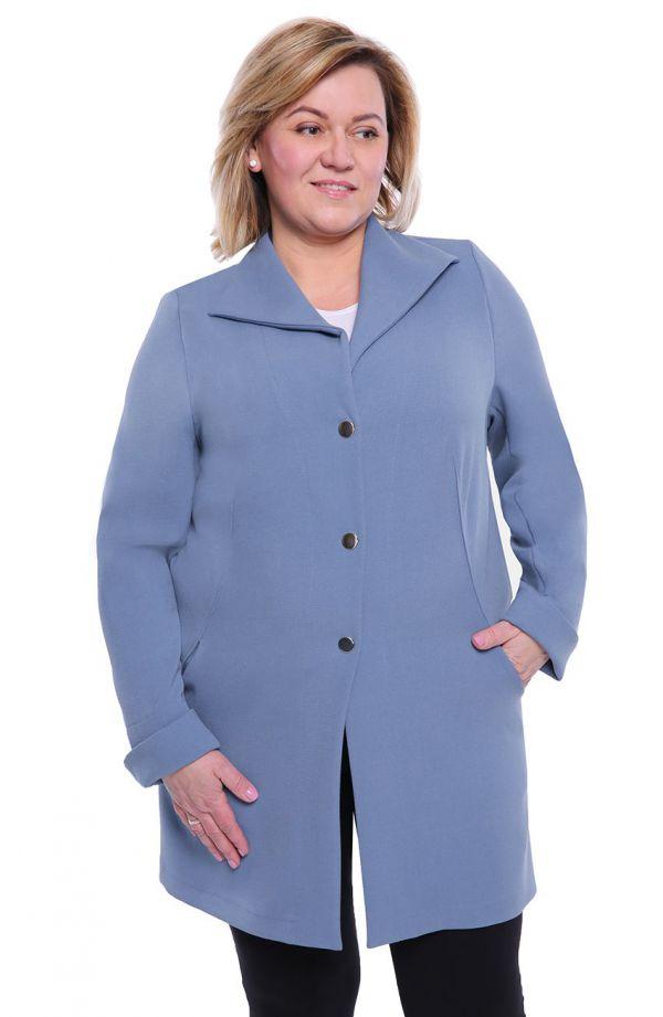 Stylowy płaszczyk w jasnoniebieskim kolorze