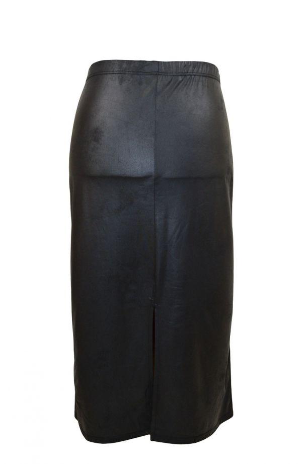 Czarna długa skórkowa spódnica prosta