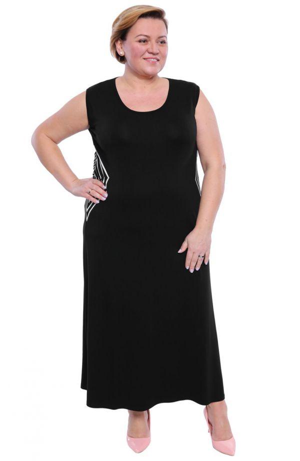 Długa czarna sukienka ze wstawką w romby