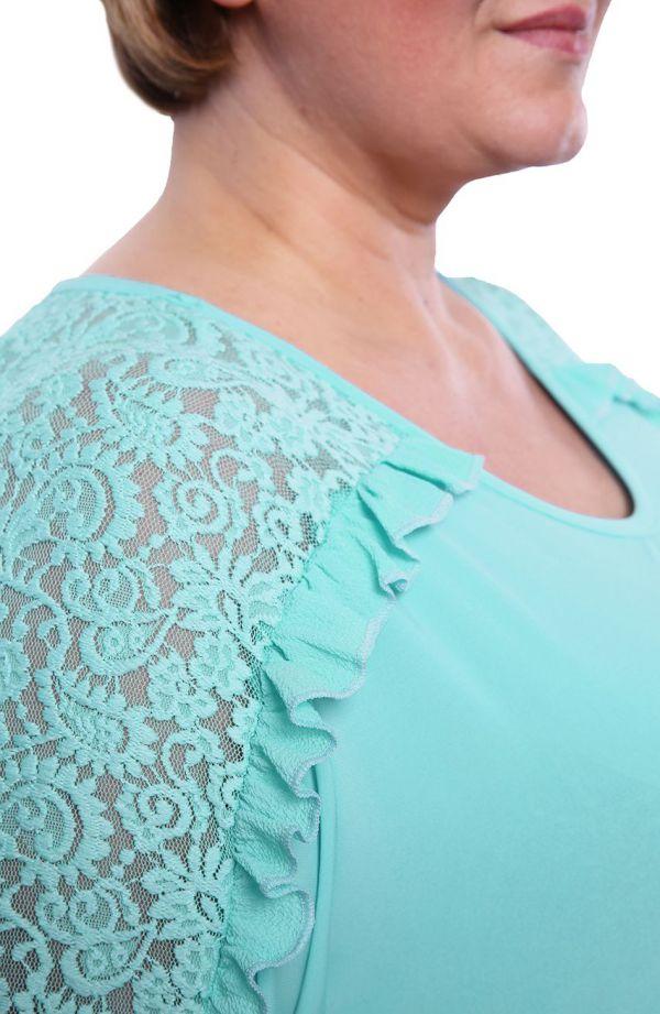 Tunika z ozdobnym rękawem w miętowym kolorze