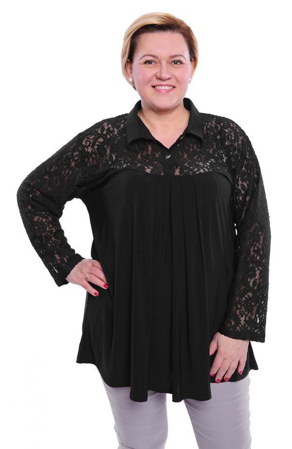 Elegancka czarna tunika wykończona koronką