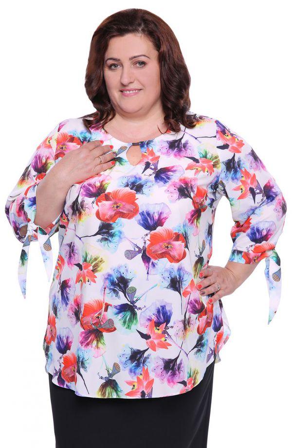 Bluzka z wiązanymi rękawkami barwne kwiaty