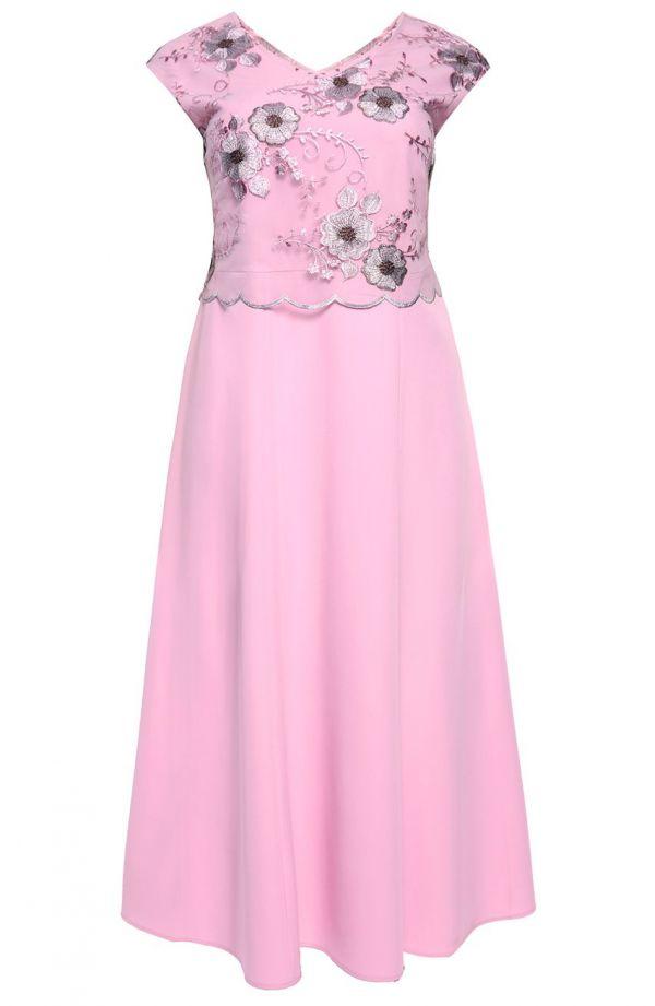 Długa sukienka w kolorze pastelowego różu
