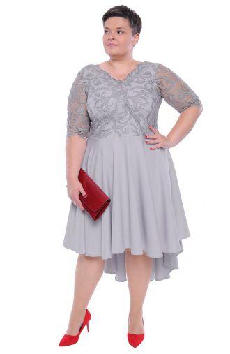 Sukienka z trenem w kolorze jasnej szarości