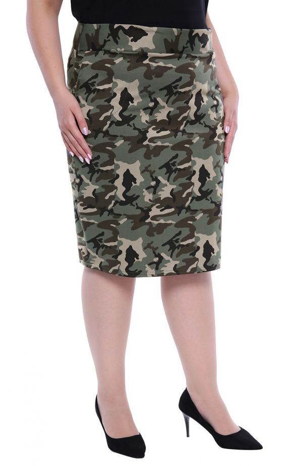 Miękka dresowa spódnica we wzór moro