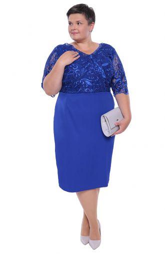 Dłuższa chabrowa sukienka połyskująca koronka