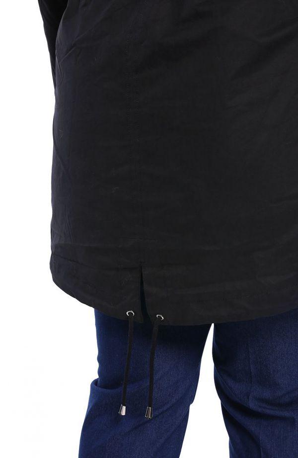Czarna kurtka zimowa parka na suwak z kapturem