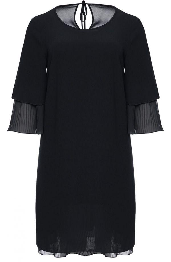 Czarna sukienka z plisowanymi wstawkami