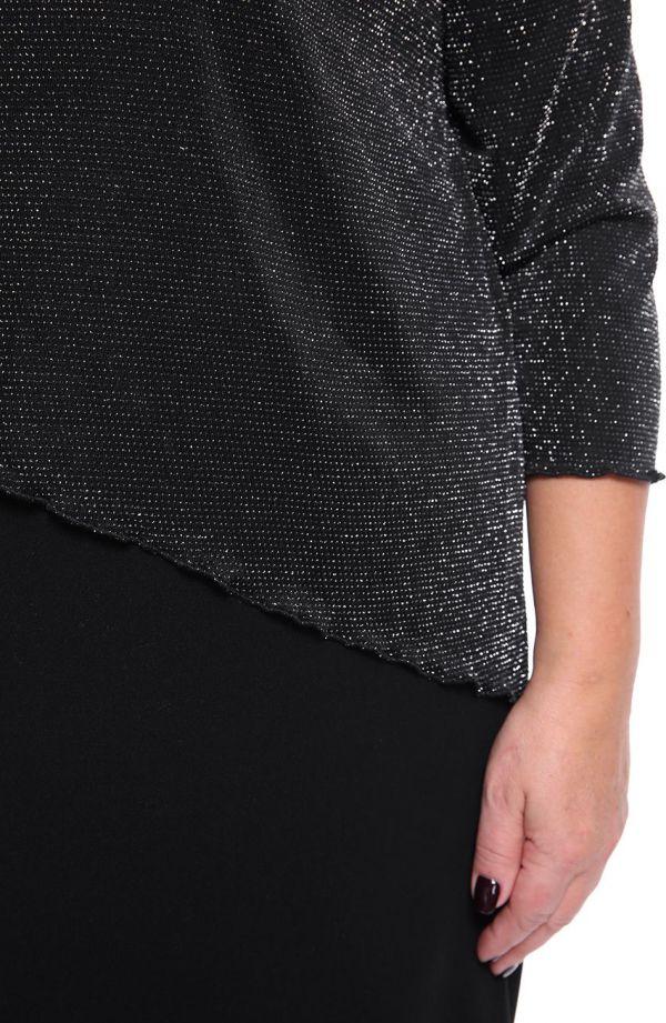 Czarna sukienka z błyszczącą narzutką