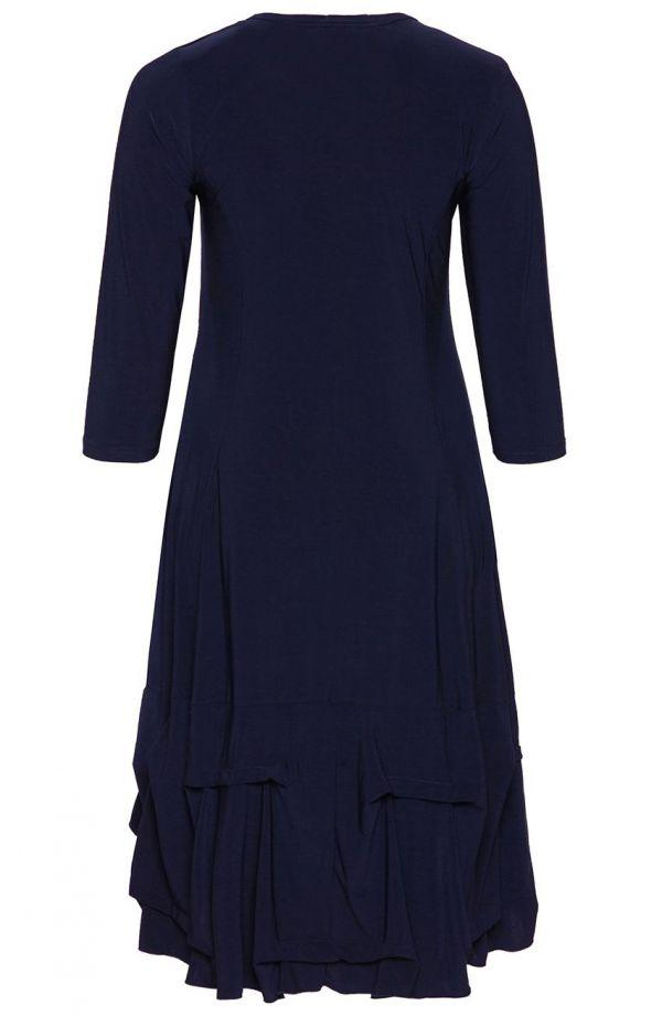 Granatowa dłuższa sukienka z falbanką