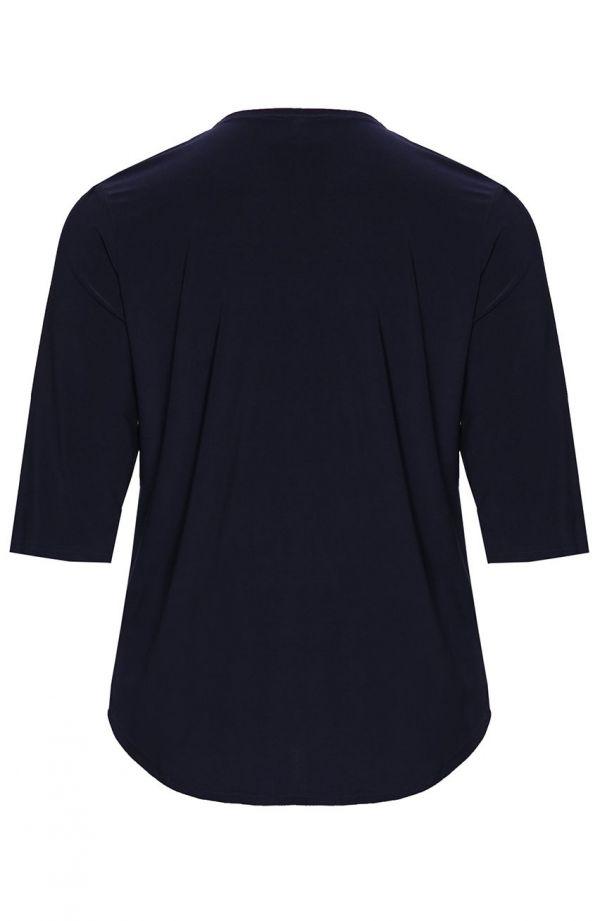 Granatowa bluzka z ozdobną klamrą