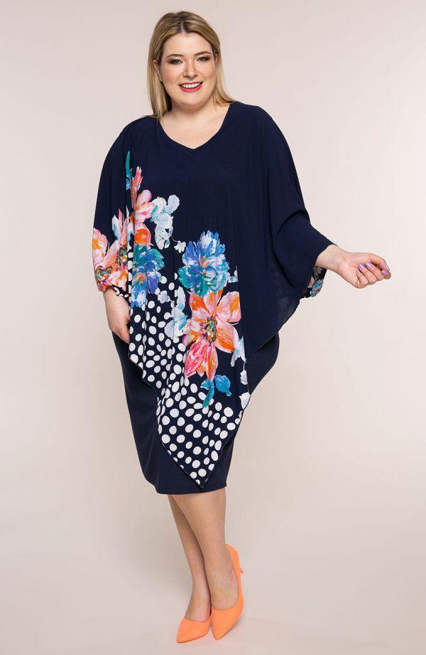 Sukienka z narzutką w kwiaty i grochy