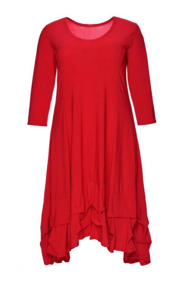 Czerwona dłuższa sukienka z falbanką
