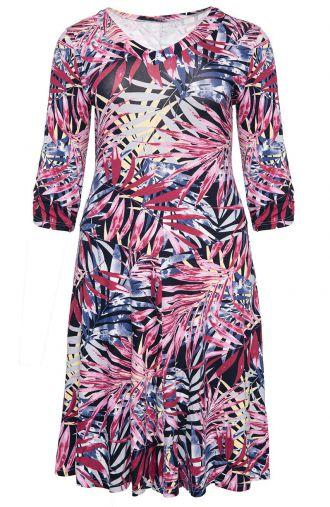 Rozkloszowana sukienka różowa egzotyka