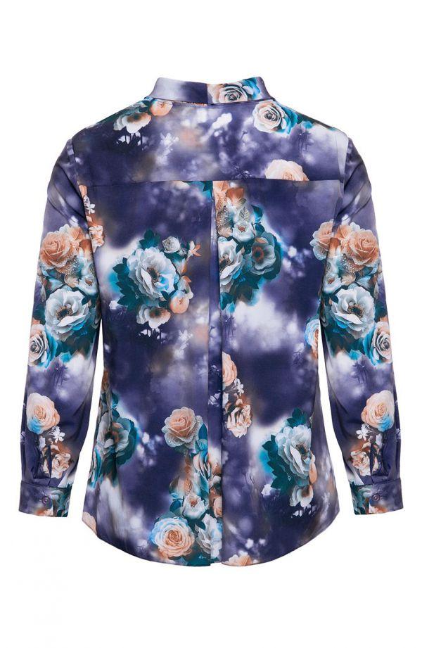 Atramentowa koszula herbaciane róże