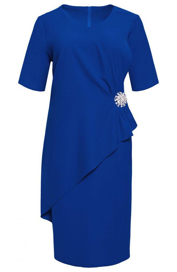 Elegancka chabrowa sukienka z broszką