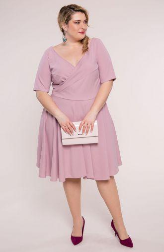 Liliowa suknia z kopertowym dekoltem
