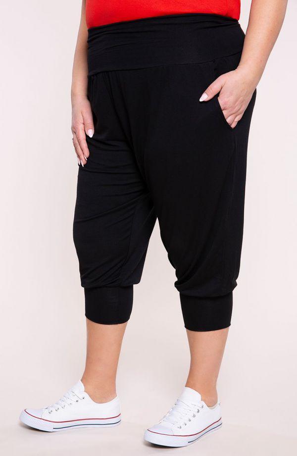 Czarne legginsy szarawary