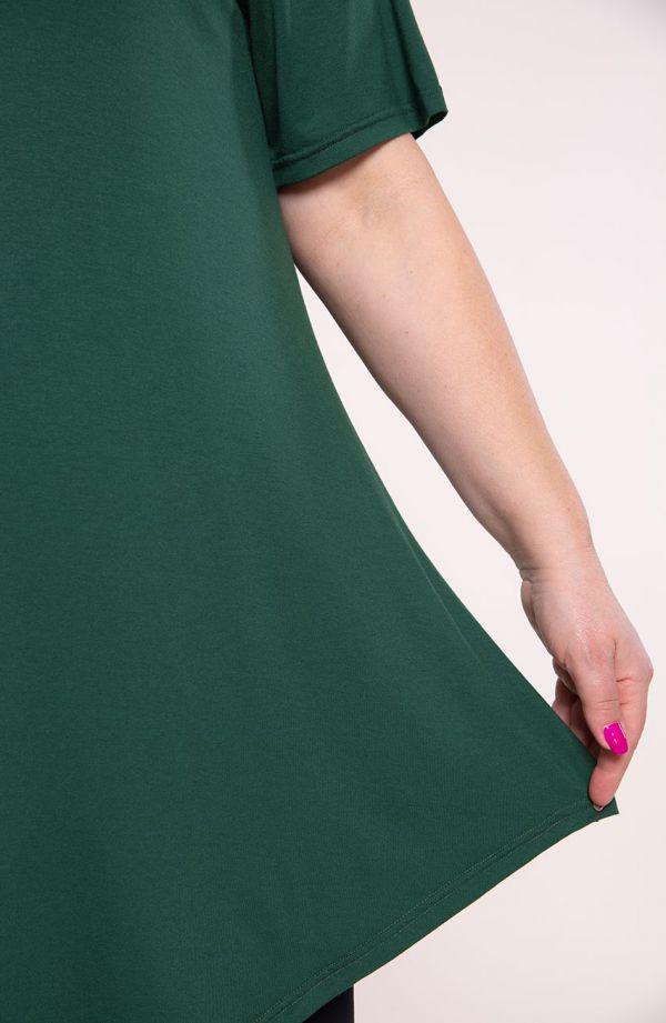 Lekko ukośna tunika w zielonym kolorze