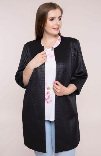 Czarny płaszczyk z fakturowanego materiału