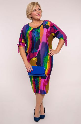 Kolorowa dzianinowa sukienka tęczowe moro