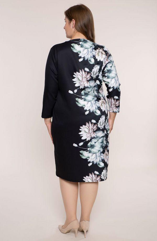 Czarna prosta sukienka lilia wodna