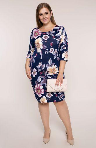 Dzianinowa sukienka fioletowe kwiaty