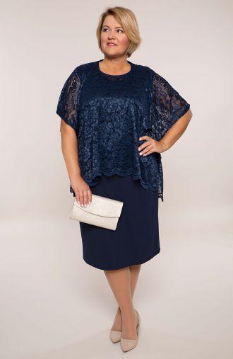 Granatowa sukienka z koronkową bluzeczką