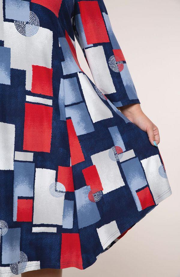 Sukienka z odcięciem okręgi i kwadraty