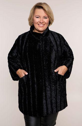 Krótki czarny płaszcz imitacja karakułów