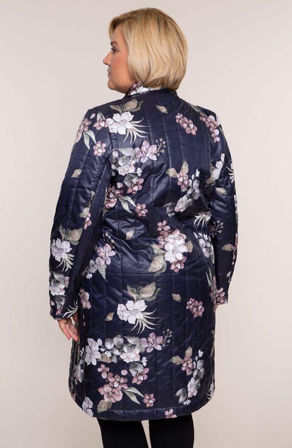 Przejściowy pikowany płaszcz różowy kwiat