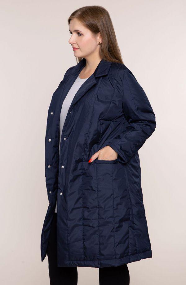 Granatowy przejściowy pikowany płaszcz