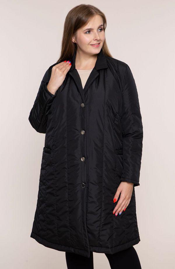Czarny przejściowy pikowany płaszcz