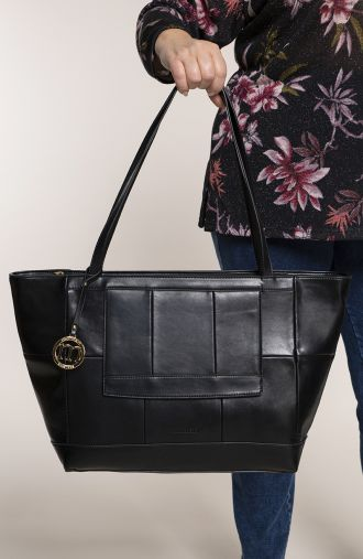 Duża elegancka torba z brelokiem monnari