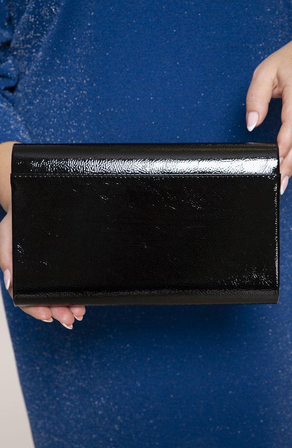 Czarna lakierowana kopertówka Canard