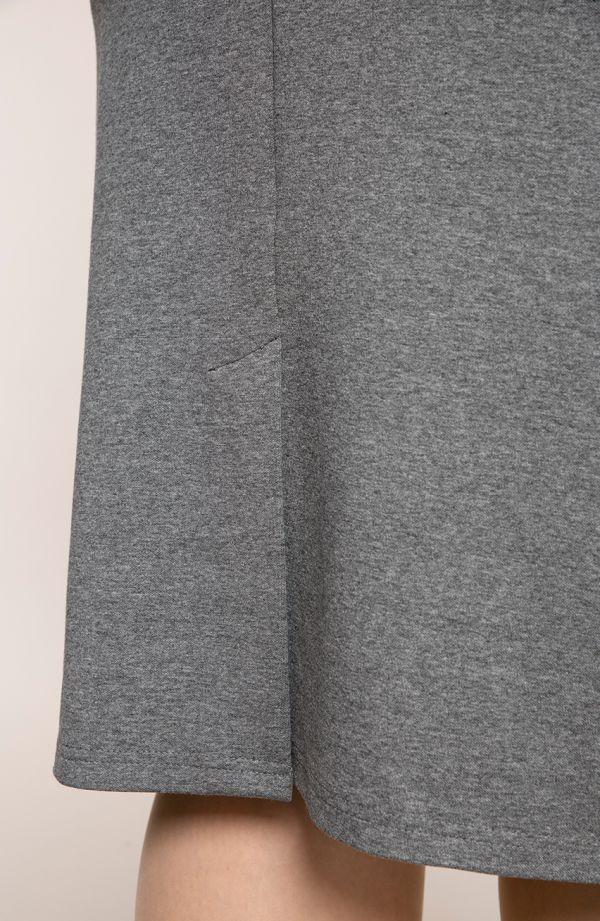 Klasyczna prosta szara spódnica