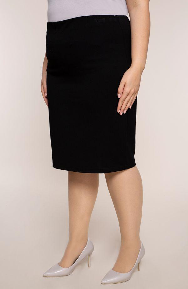 Klasyczna prosta czarna spódnica