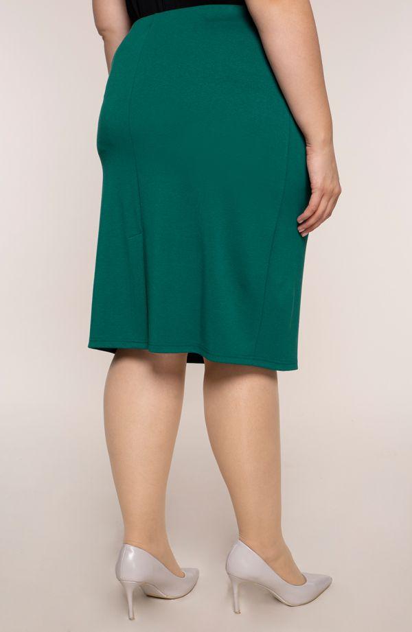 Klasyczna prosta spódnica w zielonym kolorze
