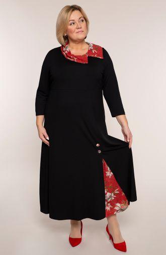 Czarna sukienka z bordowym kołnierzem