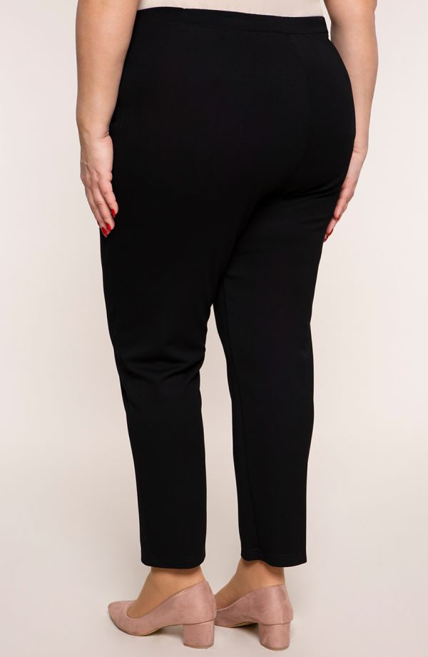 Klasyczne spodnie w kolorze czerni