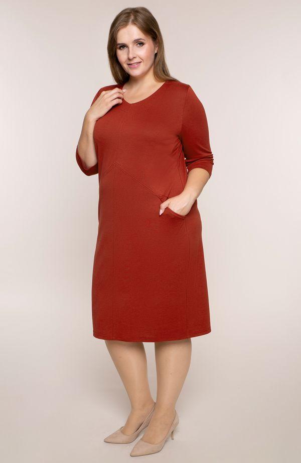 Czerwona sukienka z kieszonkami