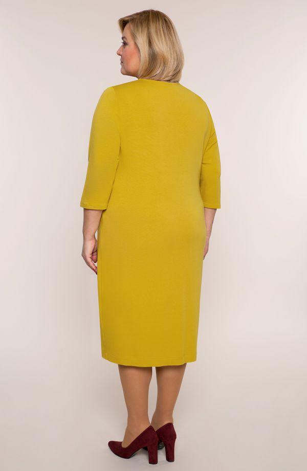 Żółta sukienka z dzianiny z dekoltem w serek