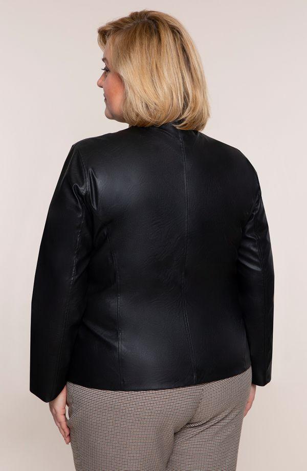 Czarna kurtka z ekoskóry