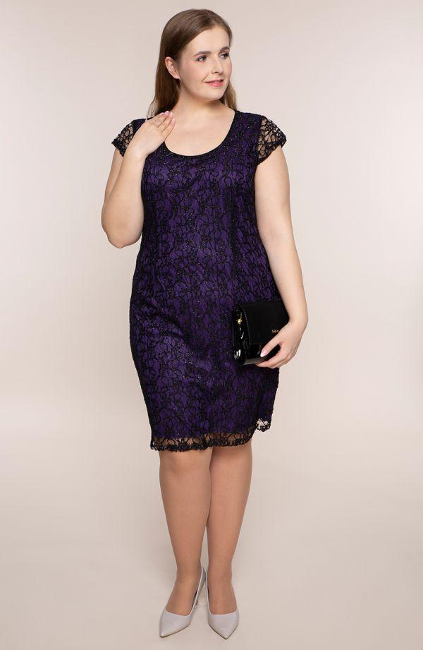 Sukienka z czarnej koronki z fioletem